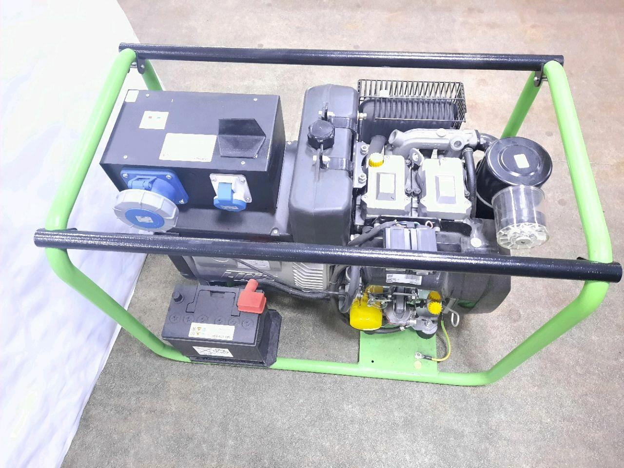 Generator Dizel. 12.5 KW, mot. Lombardini. AVR