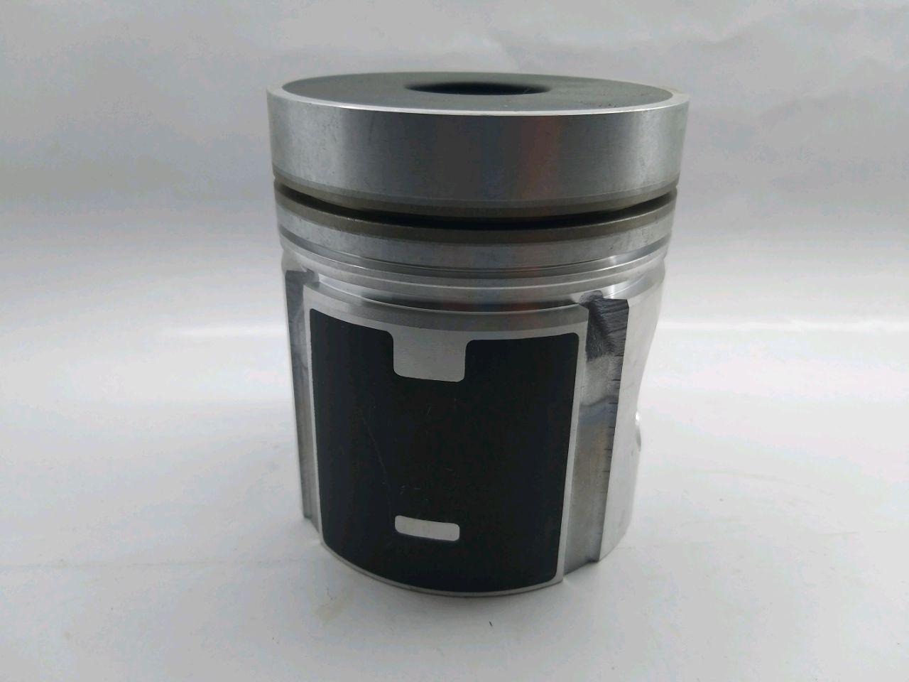 Piston de motor D-240